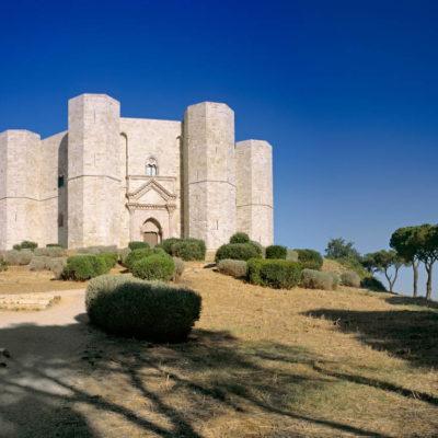 DRJ6T1 castel del monte, andria, apulia, italy, europe