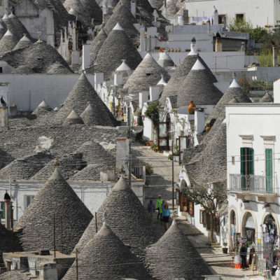 Trulli houses in the Rione Monte district, UNESCO World Heritage Site, Alberobello, Apulia, Italy
