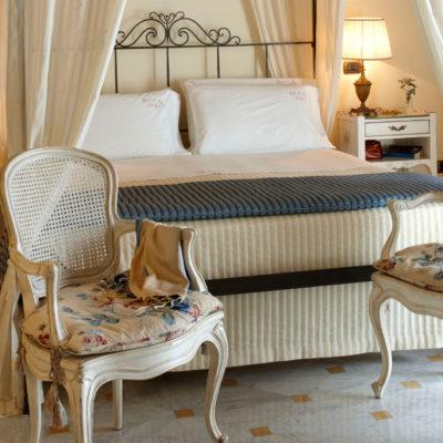 Hotel Palazzo Del Corso bedroom