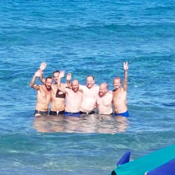 Gay Salento Food Tour swim time and photo bomb!